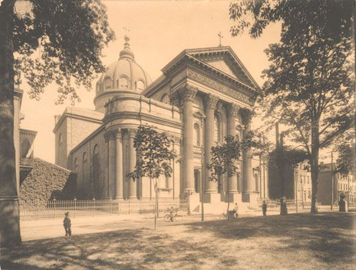 Cathedral of SS. Peter and Paul, 18th Street at Logan Square, Philadelphia, PA, 1846; photo c. 1902 (Philadelphia, PA, Free Library of Philadelphia, Print and Picture Collection); photo credit: Free Library of Philadelphia, Philadelphia, PA, courtesy of The Museum of Modern Art, New York