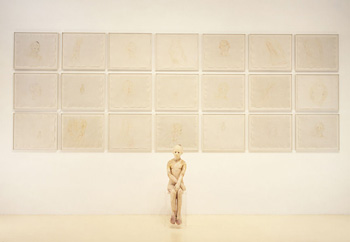 Girl, wax figure on plexiglass box with 21 framed drawings, (drawings) 1092.2x279.4x268.3 mm  (figure) 457.2x304.8x203.2 mm (box) 590.55x698.5x533.4 mm, 1997;  ⓒ Kiki Smith, photo by Ellen Page Wilson, photo courtesy of PaceWildenstein, New York
